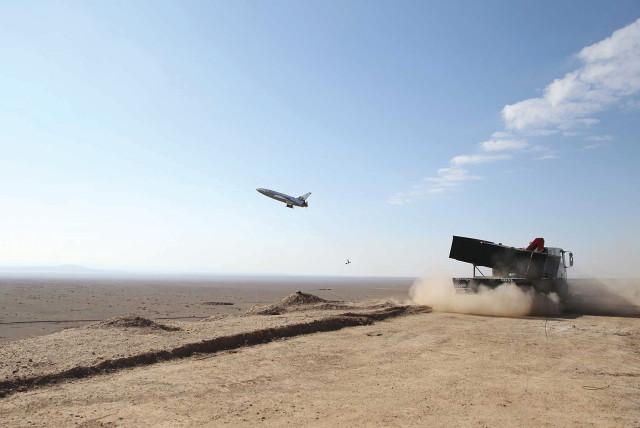 Israel chìm trong biển lửa, không quân xuất kích hủy diệt mục tiêu - Tel Aviv tuyên chiến với Lebanon - Ảnh 2.