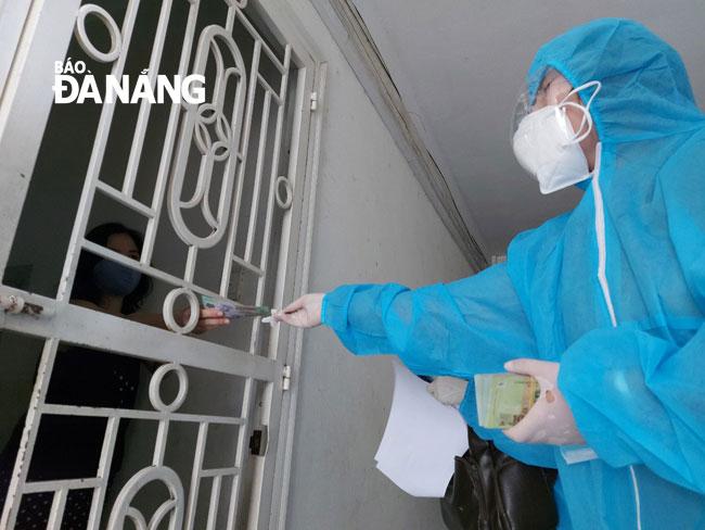 Hà Nội: Khẩn cấp tìm người đã đến điểm tiêm vắc-xin COVID-19 ở quận Hoàn Kiếm - Ảnh 1.