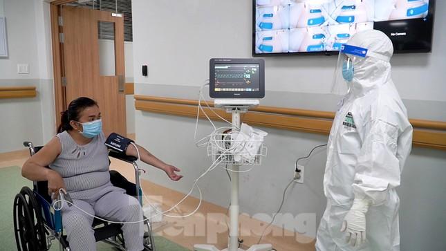 Cận cảnh khoa đặc biệt cho bệnh nhân vừa vượt qua cửa tử tại Bệnh viện Hồi sức COVID-19 - Ảnh 4.