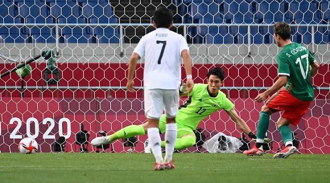 Nhật Bản thua tan tác, trắng tay trên sân nhà theo cách đầy thất vọng - Ảnh 1.