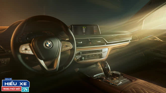 BMW 7-series giảm tới gần 600 triệu, nhưng điều gây áp lực lên Mercedes, Audi lại là thứ cổ lỗ sĩ! - Ảnh 10.