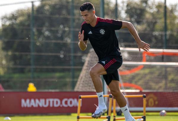 Ronaldo: Tôi không trở lại Man Utd để dạo chơi - Ảnh 1.