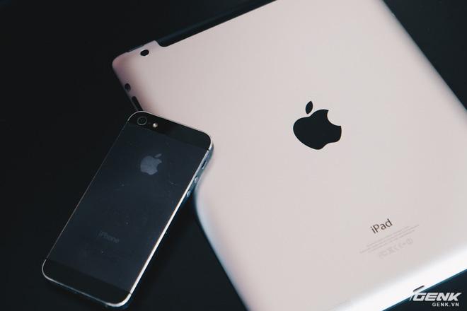 Trên tay chiếc iPad 9 năm tuổi, ra mắt cùng thời iPhone 5, giật lag, nhưng vẫn được người Việt ưa chuộng - Ảnh 2.