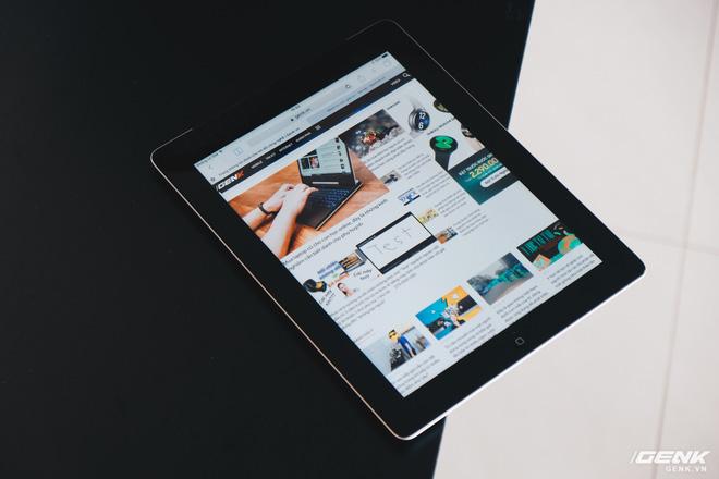 Trên tay chiếc iPad 9 năm tuổi, ra mắt cùng thời iPhone 5, giật lag, nhưng vẫn được người Việt ưa chuộng - Ảnh 3.