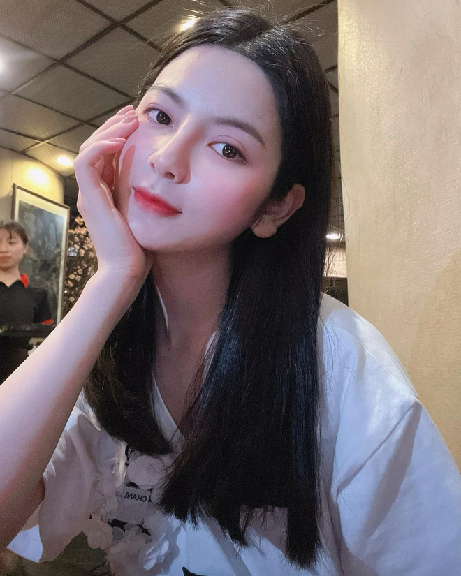 Bạn gái mới của Quang Hải là ai? - Ảnh 1.