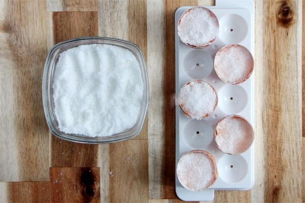 Làm cách này chỉ sau 1 ngày là có trứng muối cực ngon để làm bánh - Ảnh 3.