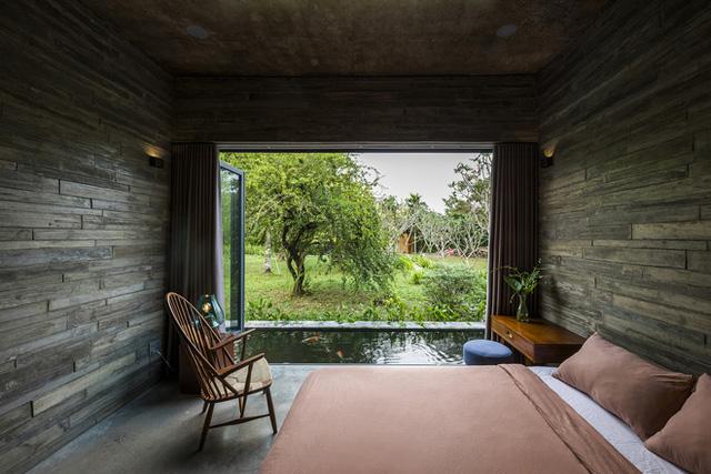 Giám đốc marketing về miền Tây xây biệt thự nhà vườn hệt như một ốc đảo riêng tư, có cả hồ cá Koi ngắm mà ghen tị - Ảnh 2.