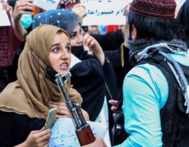 Chỉ với 1 hành động này, đế chế của Taliban sẽ sụp đổ còn nhanh hơn cả chính phủ Kabul? - Ảnh 2.