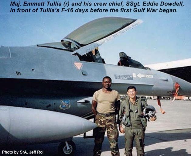Phi công F-16 Mỹ bị tên lửa tấn công tới tấp: Pha thoát chết ngoạn mục đi vào lịch sử! - Ảnh 3.