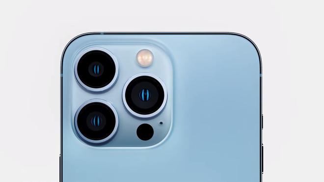 iPhone 13 Pro và iPhone 13 Pro Max chính thức ra mắt: Màn hình ProMotion 120Hz, bộ nhớ trong 1TB, quay video xoá phông, thêm màu xanh Sierra Blue - Ảnh 1.