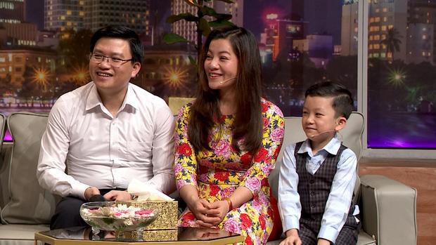 Khách Tây bắt chuyện Tiếng Anh, ai ngờ gặp trúng thần đồng Việt Nam, kinh ngạc trước màn đối đáp của cậu bé 7 tuổi - Ảnh 3.
