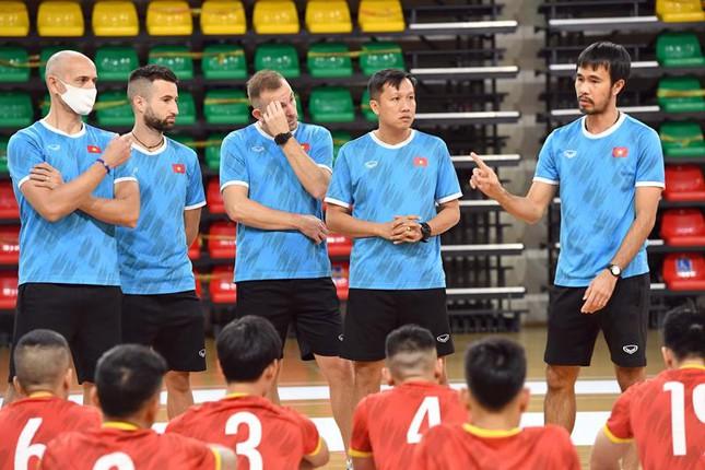 Đội tuyển Futsal Việt Nam đặt mục tiêu thắng Panama tại World Cup - Ảnh 1.
