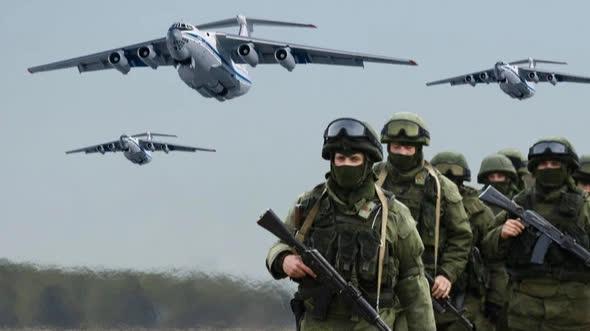 Quân đội Nga bất thần từ trên trời rơi xuống: Sở chỉ huy Mỹ-NATO báo động! - Ảnh 3.