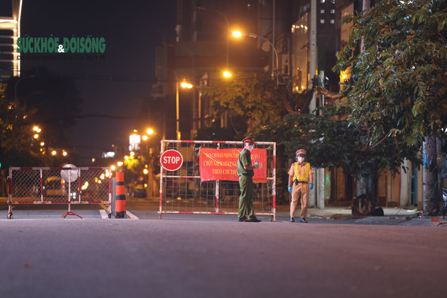Sống khác mùa COVID-19: Nhiếp ảnh gia Hải An bước qua sợ hãi kể chuyện bằng ảnh - Ảnh 5.