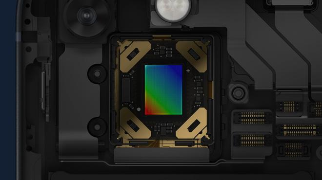 iPhone 13 và iPhone 13 mini chính thức: Tai thỏ gọn hơn, camera có chống rung cảm biến, Apple A15, giá từ 699 USD - Ảnh 9.