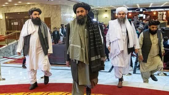 Đại chiến Afganistan: 8.000 tay súng Taliban nguy ngập - Tướng Shoigu thân chinh tới Dushanbe, mặt trận Tây Nam đã mở - Ảnh 1.
