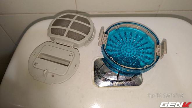 Tò mò tháo cái cục này trong máy giặt ra xem sau 13 năm mà tôi suýt phát ói, bạn cũng nên thử xem! - Ảnh 11.