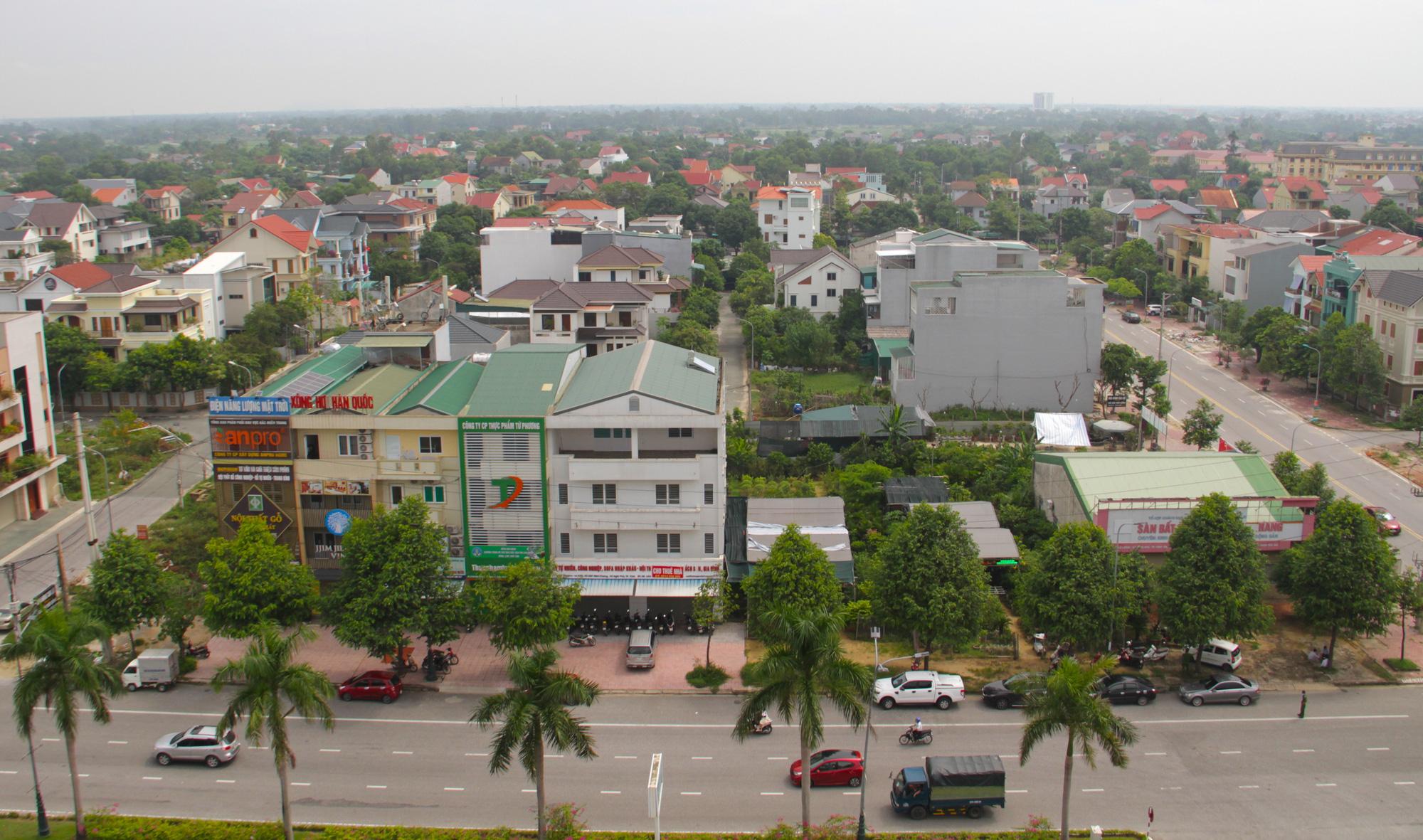 Cận cảnh khu đô thị vip ở Nghệ An khiến 2 vợ chồng đại gia bị bắt giam - Ảnh 1.