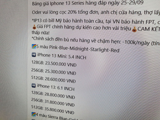 iPhone 13 xách tay loạn giá tại Việt Nam  - Ảnh 1.