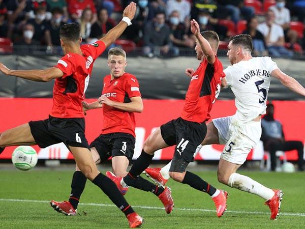 Rennes 2-2 Tottenham: Thần may mắn gõ cửa 2 lần - Ảnh 2.