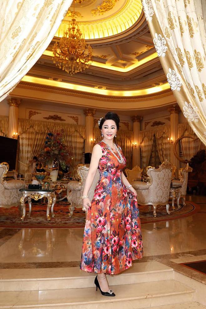 Thêm loạt ảnh mới bên trong lâu đài 2.400m2 giữa trung tâm Sài Gòn của CEO Đại Nam: Xa hoa hết cỡ! - Ảnh 8.