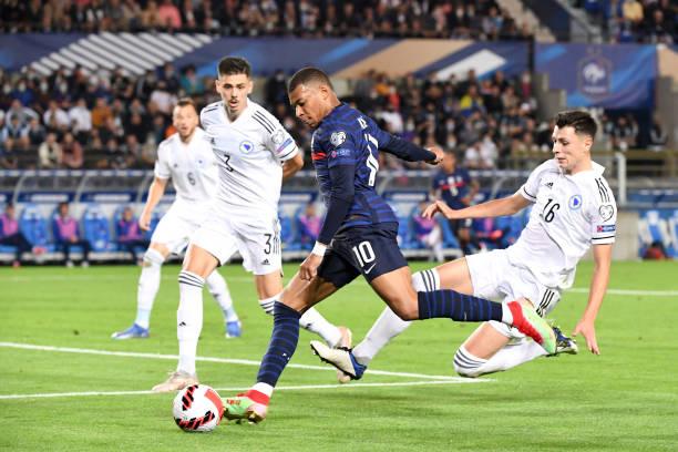 Pháp 1-1 Bosnia: Thiếu và yếu - Ảnh 1.