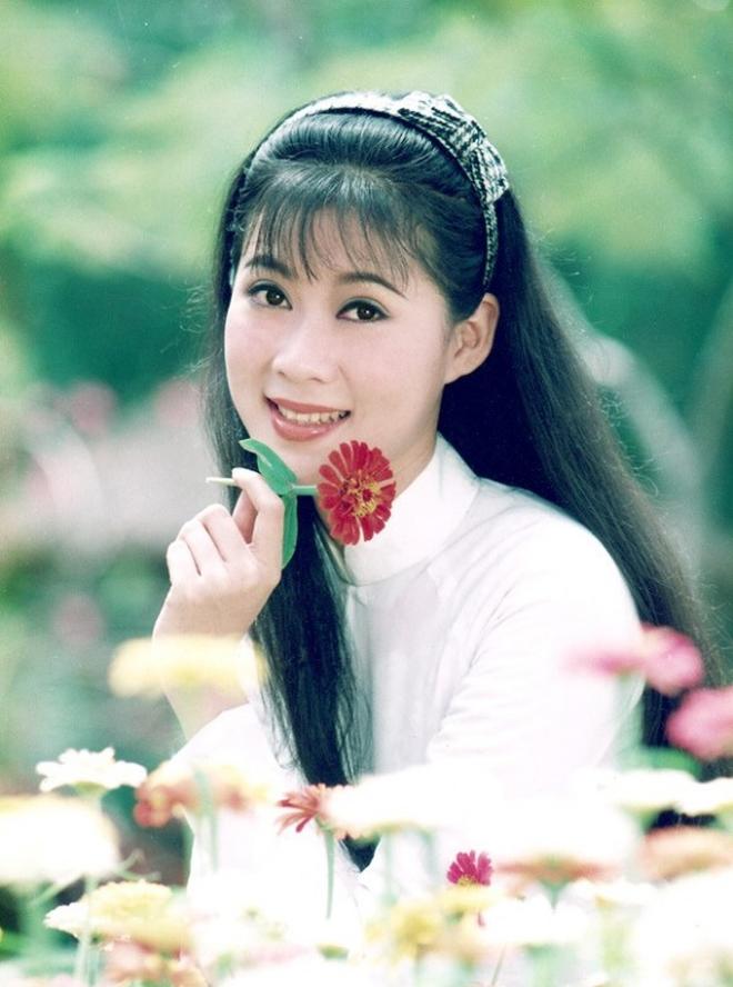 """10 quốc bảo nhan sắc màn ảnh Việt thập niên 90: Xuất hiện """"thần tiên tỷ tỷ"""" đẹp chả kém gì Lưu Diệc Phi - Ảnh 37."""