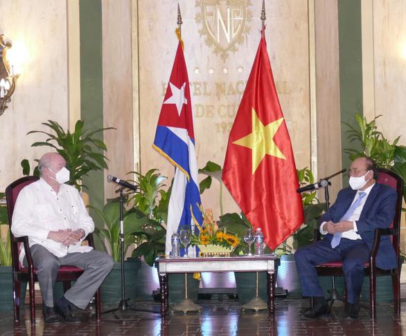 TIN VUI: Chuyến thăm Cuba hoàn thành xuất sắc, Việt Nam đã ký hợp đồng vaccine siêu bom tấn với nước bạn - Ảnh 1.