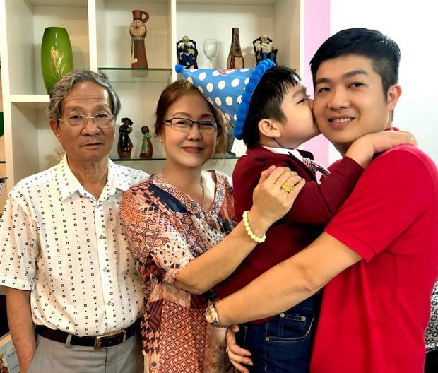 Động thái của chồng cũ Nhật Kim Anh giữa lúc nữ ca sĩ đăng clip bật khóc khi chưa thể đón con trai về sống cùng - Ảnh 3.
