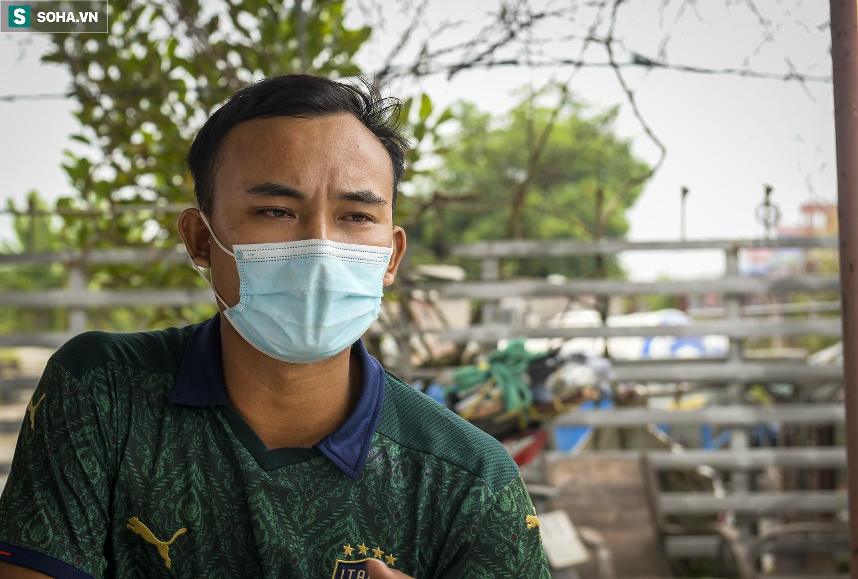 Đi xe máy hơn 1.500km ra Hà Nội, 2 bố con ăn ngủ tại chốt Cầu Giẽ chờ người đưa đi cách ly - Ảnh 9.