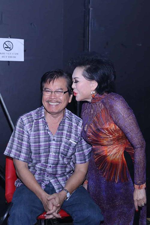 Chồng danh ca Giao Linh vừa qua đời: Theo đuổi suốt 20 năm và bí quyết giúp vợ sống vui vẻ với 6 con riêng - Ảnh 6.