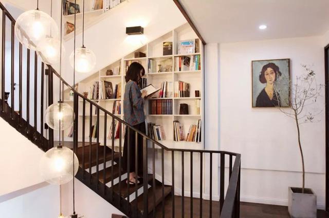 Bà mẹ đơn thân gây bất ngờ nhờ giải pháp nới rộng không gian của ngôi nhà 45m² - Ảnh 21.