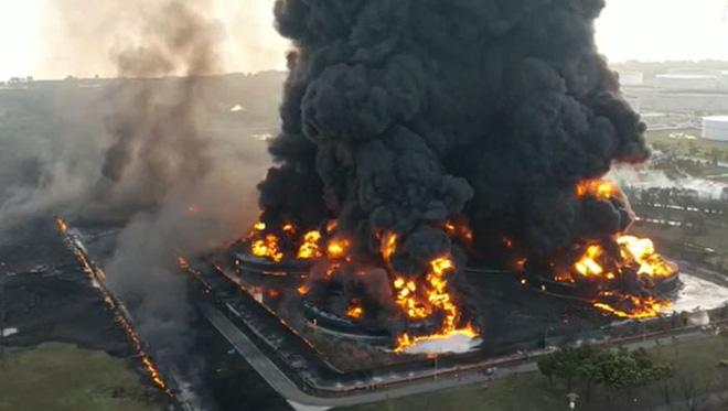 Những tai nạn thảm khốc bắt nguồn từ sự cố máy móc và thiết bị - Ảnh 22.