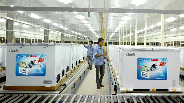 Tại sao vua thép Trần Đình Long chi gần 1.000 tỷ lập công ty điện máy cạnh tranh trực tiếp với Sunhouse và Asanzo? - Ảnh 2.
