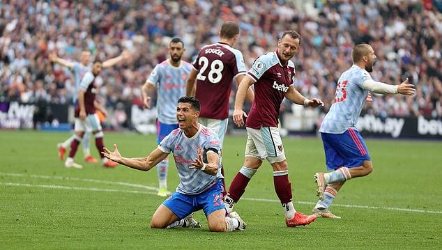 Man Utd - Aston Villa: Không thể phụ thuộc vào Ronaldo - Ảnh 1.