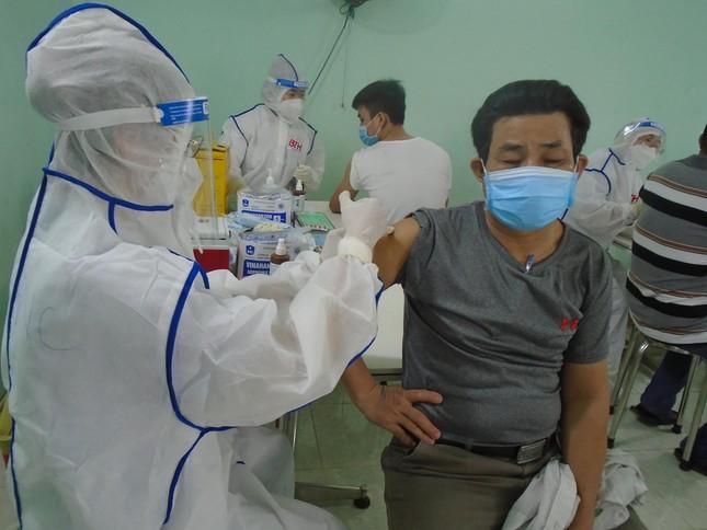 TPHCM còn trên 1 triệu liều vắc xin ngừa COVID-19 - Ảnh 1.