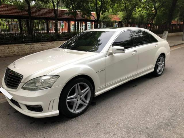 Sau 15 năm, Mercedes-Benz S-Class xuống giá dễ mua như VinFast Fadil - Ảnh 1.