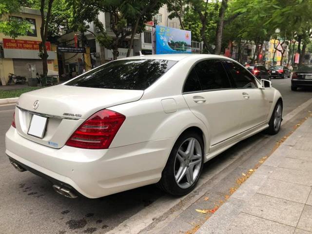 Sau 15 năm, Mercedes-Benz S-Class xuống giá dễ mua như VinFast Fadil - Ảnh 2.