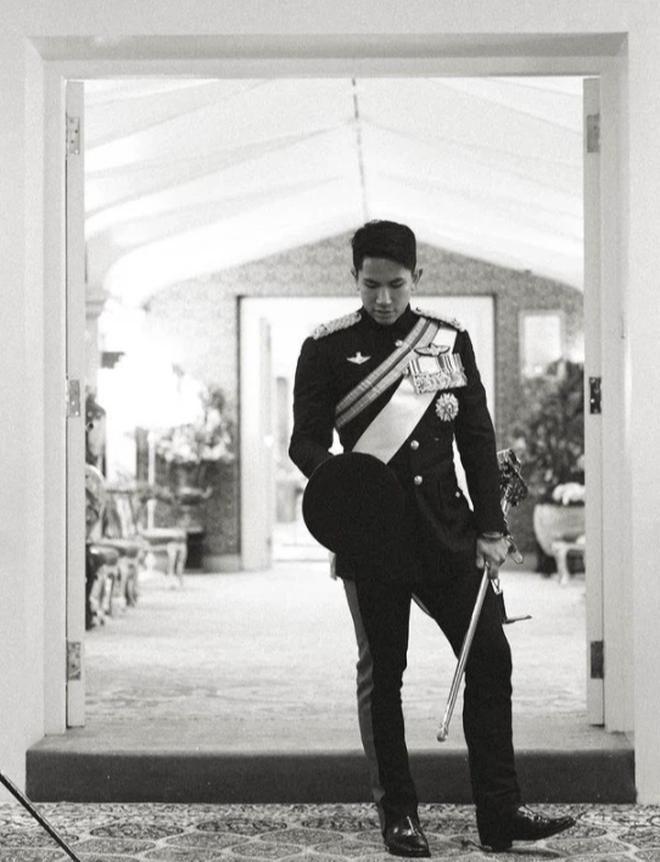 """Hoàng tử điển trai nhất Brunei - người thừa kế 20 tỷ USD """"cực phẩm"""" từ đầu đến chân từng làm MXH náo loạn giờ có cuộc sống thế nào? - Ảnh 14."""
