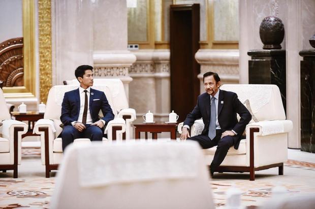 """Hoàng tử điển trai nhất Brunei - người thừa kế 20 tỷ USD """"cực phẩm"""" từ đầu đến chân từng làm MXH náo loạn giờ có cuộc sống thế nào? - Ảnh 7."""