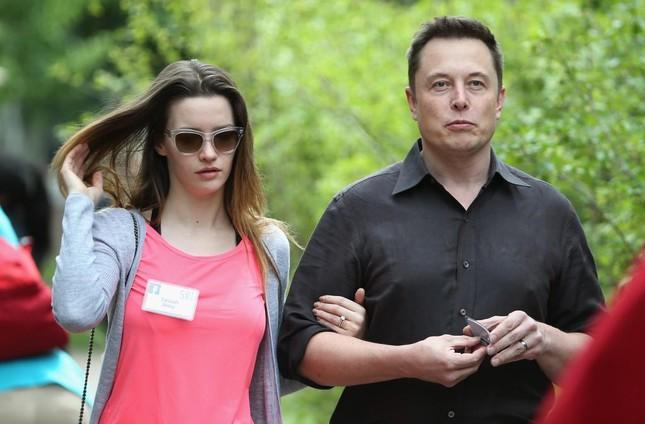 Tỷ phú Elon Musk: 3 lần kết hôn, có 7 con và hẹn hò nhiều mỹ nhân của làng giải trí - Ảnh 2.