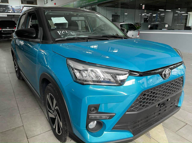 Toyota Raize đầu tiên về Việt Nam: Đại lý nhận cọc 20 triệu đồng, giá dự kiến 500 triệu đồng, đối thủ đi trước một bước của Kia Sonet - Ảnh 3.
