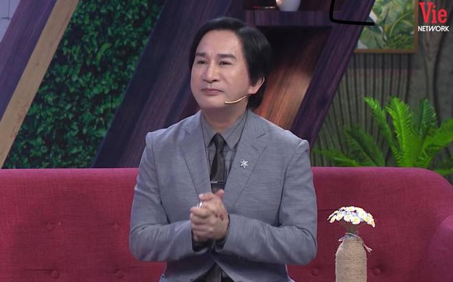 Kim Tử Long: Tôi chưa bao giờ nghĩ tới chuyện ngồi xuống ăn cùng gia đình bữa cơm - Ảnh 1.
