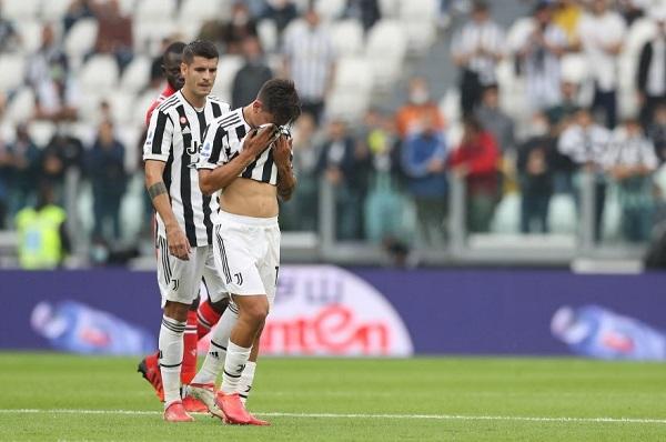 Juventus 3-2 Sampdoria: Được công, mất thủ - Ảnh 1.