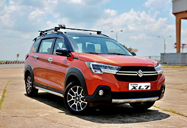 Suzuki XL7 giảm mạnh tại đại lý, giá chưa tới 550 triệu đồng - Ảnh 1.