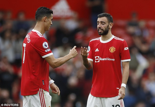 Sau vòng 6 Premier League: M.U hụt hơi, cục diện khó lường - Ảnh 1.