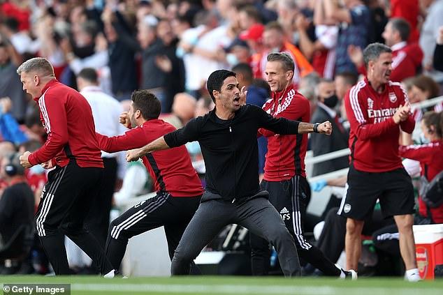 Sau vòng 6 Premier League: M.U hụt hơi, cục diện khó lường - Ảnh 3.