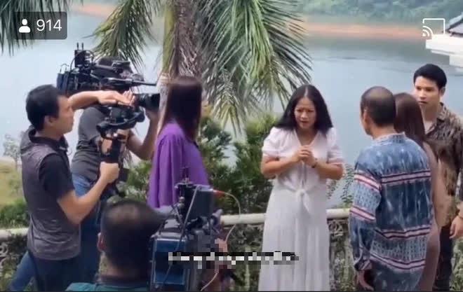 Cái kết Hương vị tình thân: Long - Nam ly hôn, bà Sa bị 2 con từ mặt, con gái căm phẫn? - Ảnh 3.