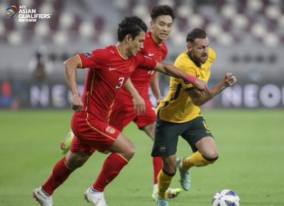 Kết quả Australia vs Trung Quốc: Vỡ trận thảm thương, tuyển Trung Quốc ôm nỗi thất vọng tràn trề dưới đáy BXH - Ảnh 1.