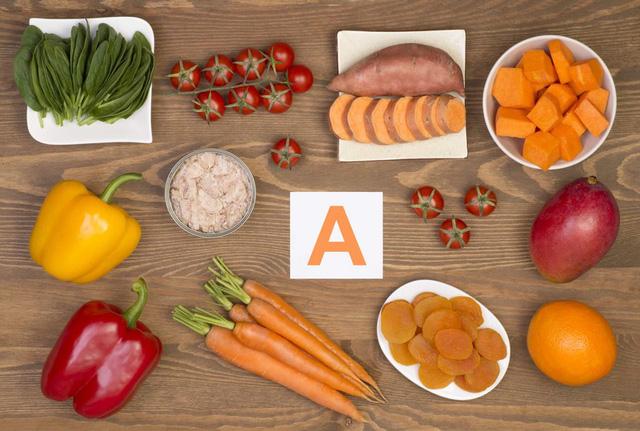 Những thực phẩm bệnh nhân COVID-19 nên dùng khi điều trị tại nhà - Ảnh 2.